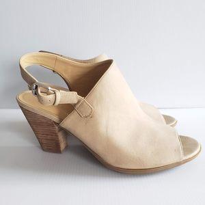 Naturalizer Size 10 Faux Suede Heels Sandals